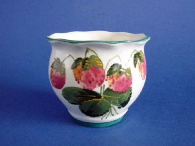Lovely Wemyss Ware 'Strawberries' Chesham Fern Pot c1920
